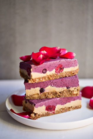 berrycheesecakeslice_020A8345
